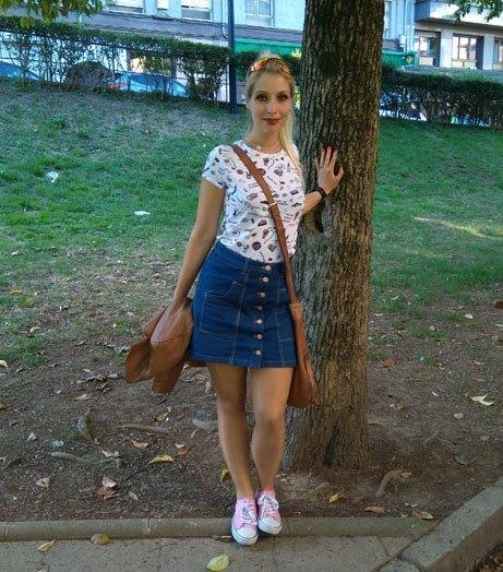 marikowskaya-street-style-paula-falda-vaquera-1