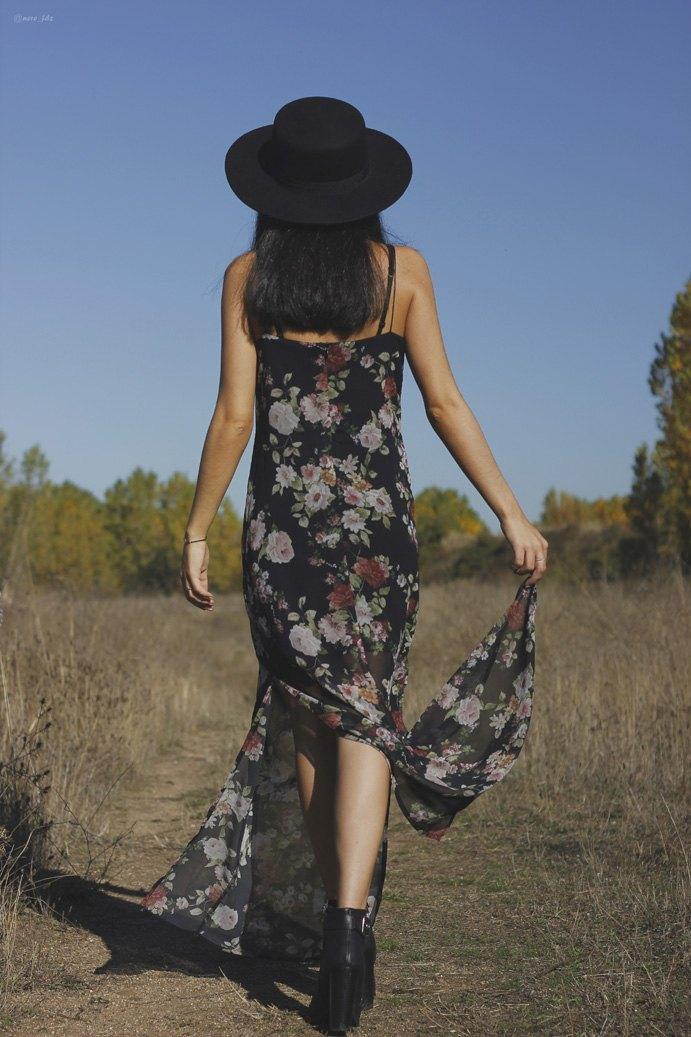 marikowskaya-street-style-lu-vestido-flores-1