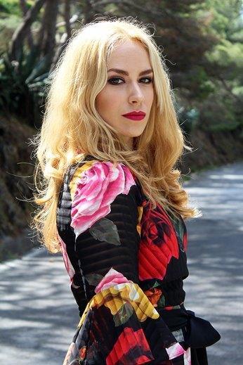 marikowskaya street style patripaan vestido flores (2)