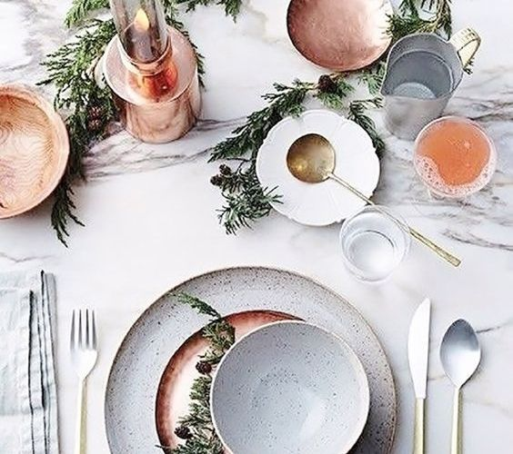 Gorgeous Christmas Table Settings You Can Easily Create