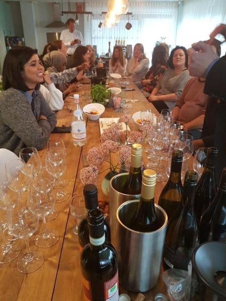Wijnproeverij door de Wijnklas