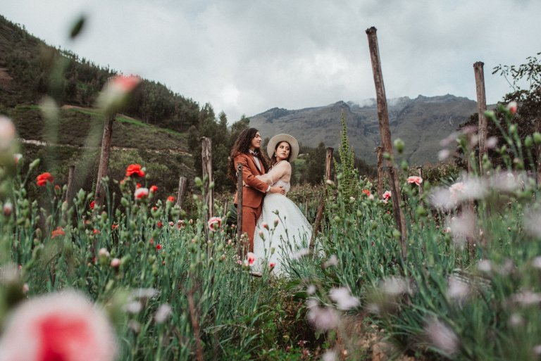 elopement at the mountains of peru