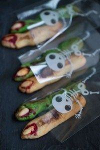 Klamme fingre: Opskrift på en klassisk Halloween småkage