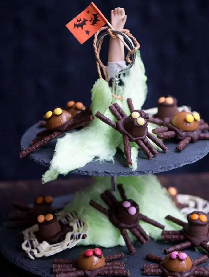 Chokolade edderkopper af dansk slik. Opskrift fra Marinas Mad