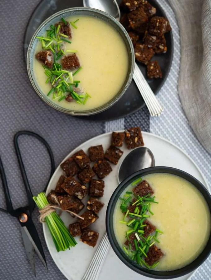 Opskrift på kartoffel porre suppe