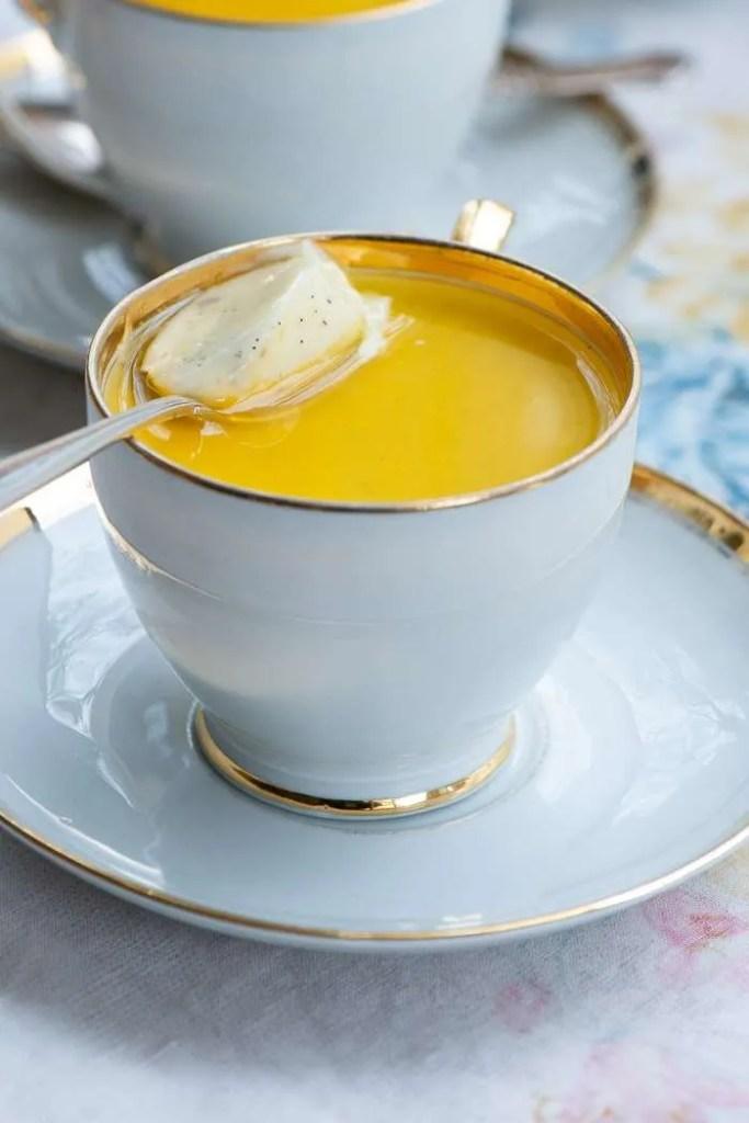 Opskrift på panna cotta med vanilje og citron