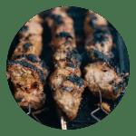Grillet gris i citrongræs marinade