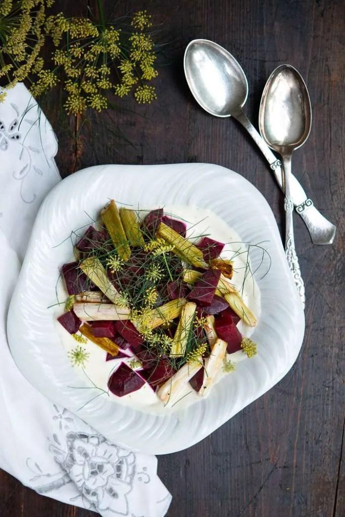 Salat med bagte rødbeder og limecream