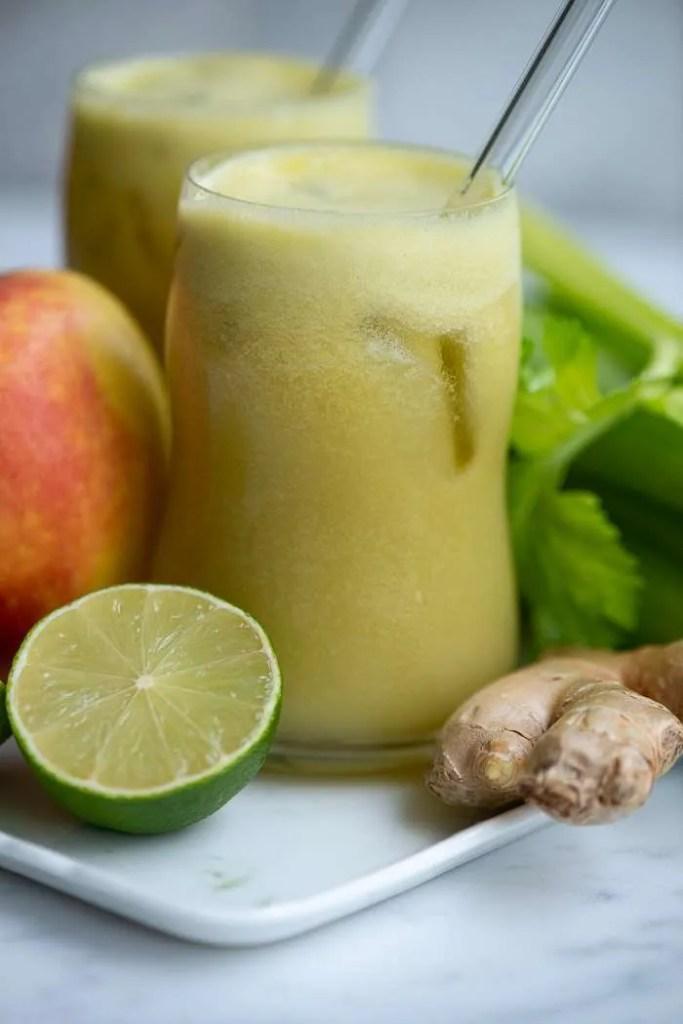 Opskrift på koldpresset juice med bladselleri og æble