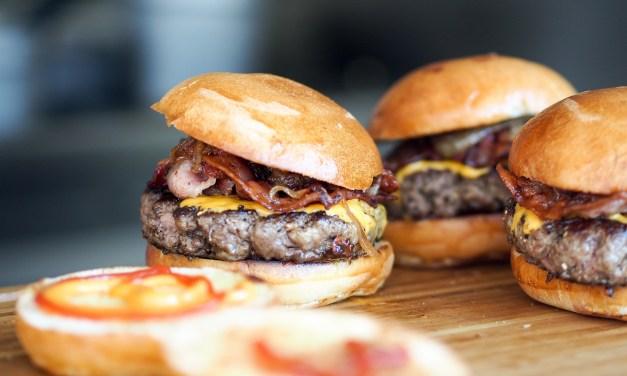 Filet Burger Full of Flavor Full of Love