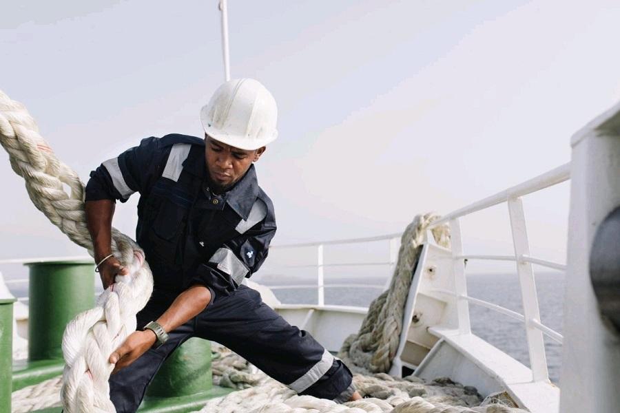 Ship mooring Safety Tips.