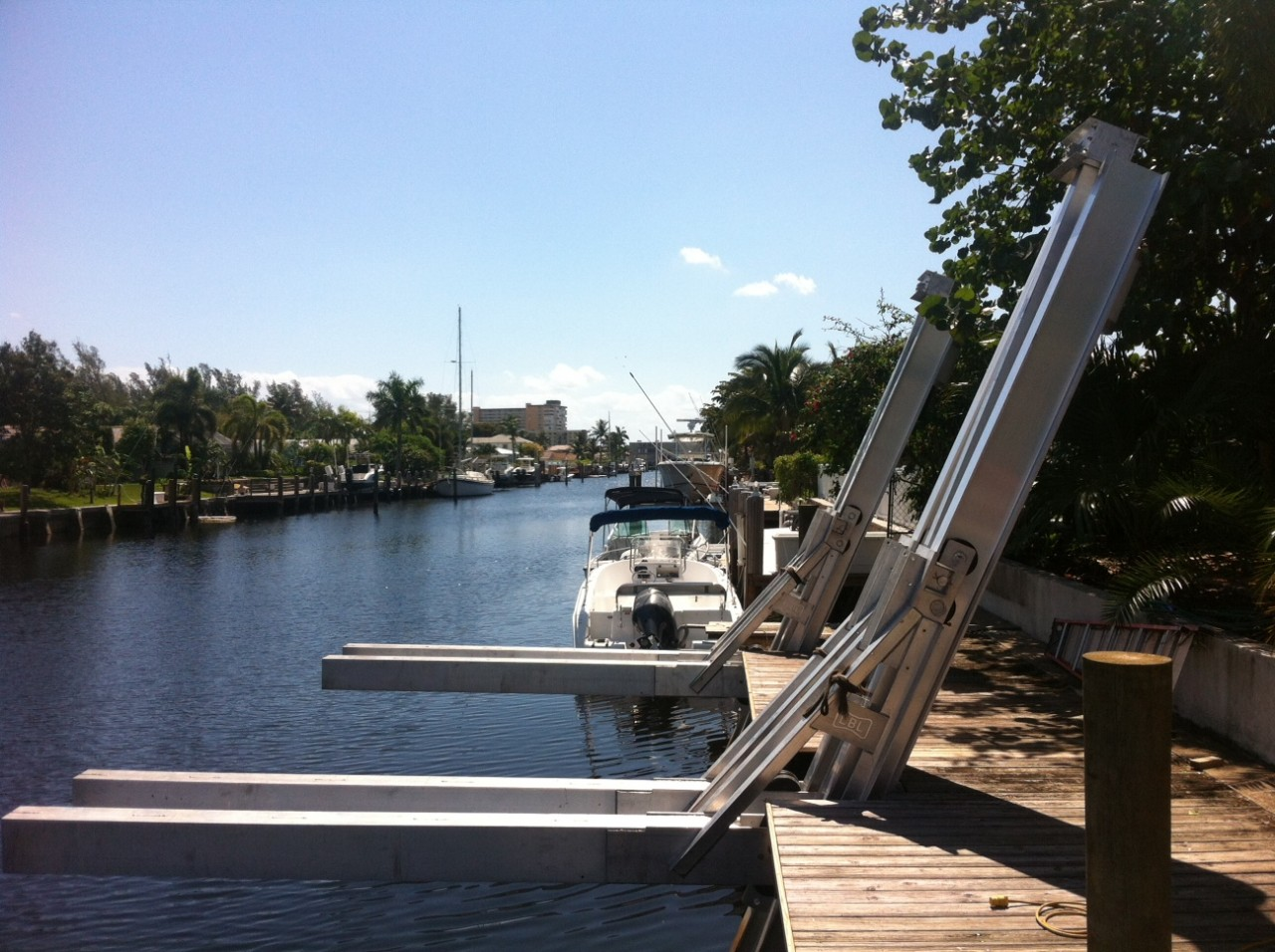40000 Hydraulic Elevator Boatlift All Power Marine Boat Lifts Docks Amp Seawalls
