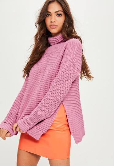 pull-rose-col-roul-asymtrique