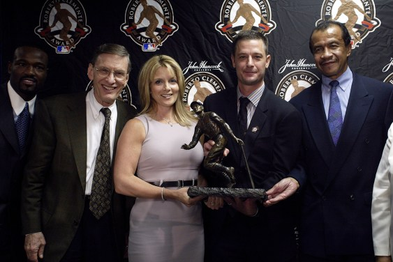 Moyer was the 2003 Roberto Clemente Award Winner.