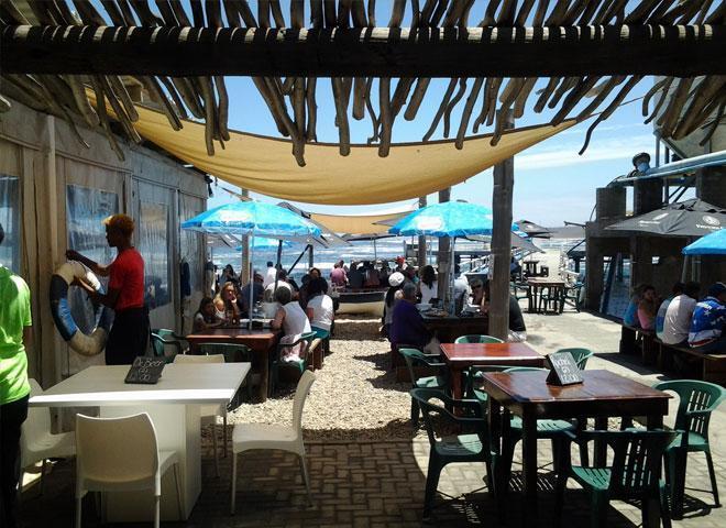 Fryers-Cove-outside-restaurant
