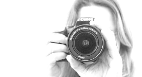 Snap shots. Photographer. Marinka Photo journalism