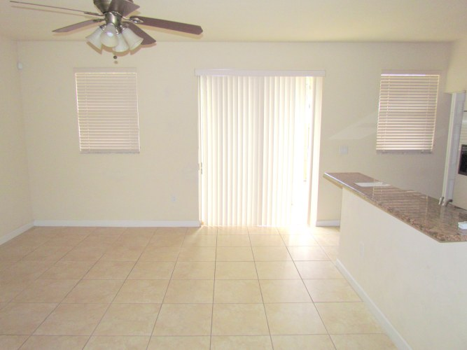 dinning area/ family room
