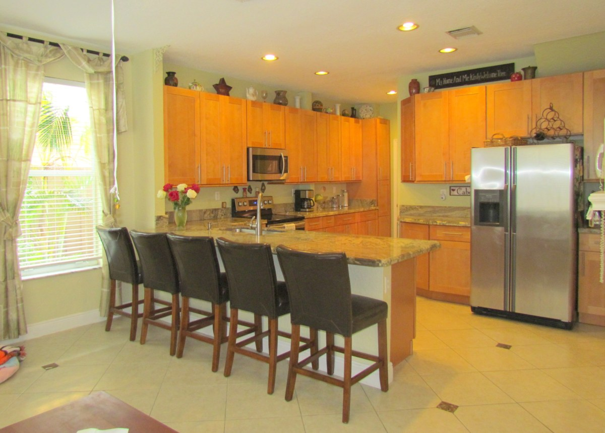 15968 SW 148 Terr Kendall FL $380,000 (SOLD)