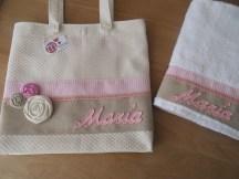 conjunto de bolso sillita y toalla personalizada