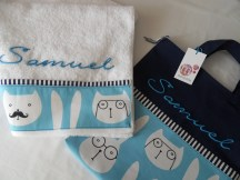 conjunto infantil de toalla y bolsa personalizado