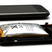 After Another Smartphone Fire Causes Flight Diversion, CASA Raises Concerns Over Lithium-Ion Once Again