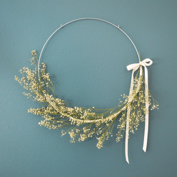 Baby's Breath Floral Hoop