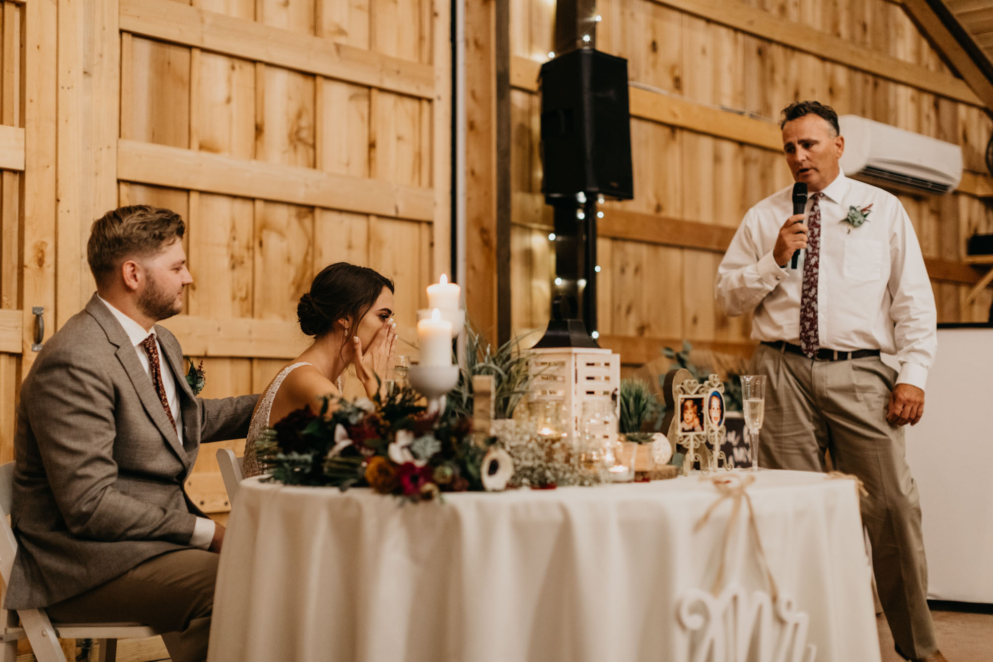 wedding speeches at rustic barn in north texas