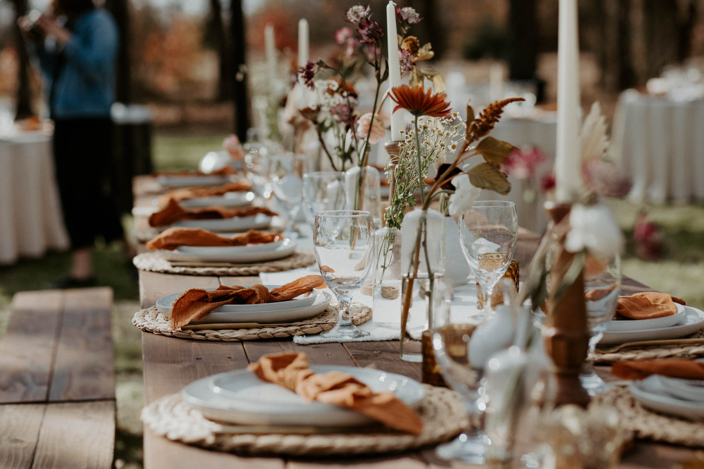 Classy backyard wedding decor for a bohemian bride in Fort Worth texas