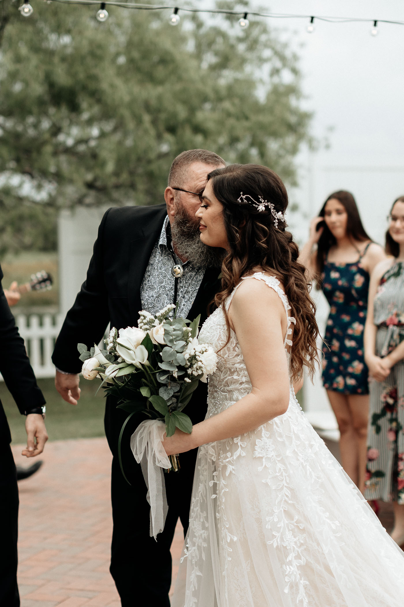 Outdoor wedding ceremony in DFW