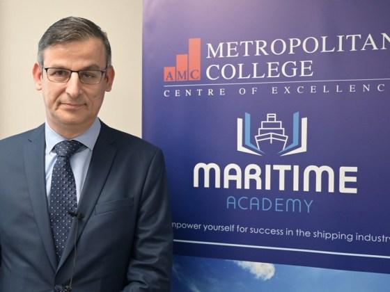 Ναυτική ακαδημία mitropolitiko.edu.gr