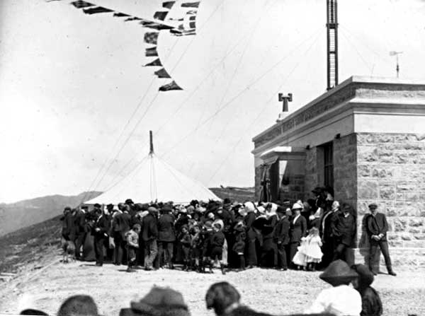 Opening ceremony at the radiotelegraph station on Mt Etako (Tinakori Hill) in Wellington, 1912