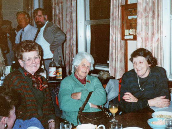 Final night at ZLB, 1991. L-R : Maureen Collett, Thelma Pawley, Maree Osborne