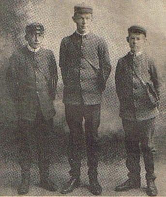 Telegraph message boys 1912 Marton, New Zealand