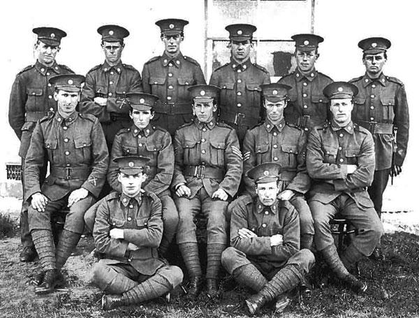 Guards at Awanui Radio VLA in 1914