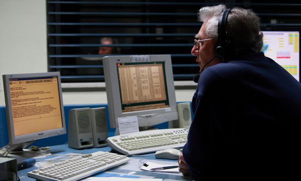 Graham Turner on night shift at Taupo Maritime Radio ZLM, Oct 2007