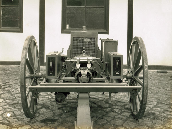 Telefunken mobile wireless station, 1912