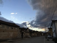 West Road Xizhou zu Sonnenuntergang