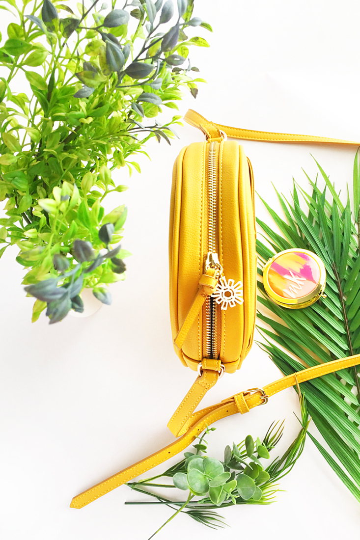 DIY Style - Sun Embellishment Tutorial For Your Bag on Maritza Lisa. Add a little sunshine in your life with this 3D Print tutorial!