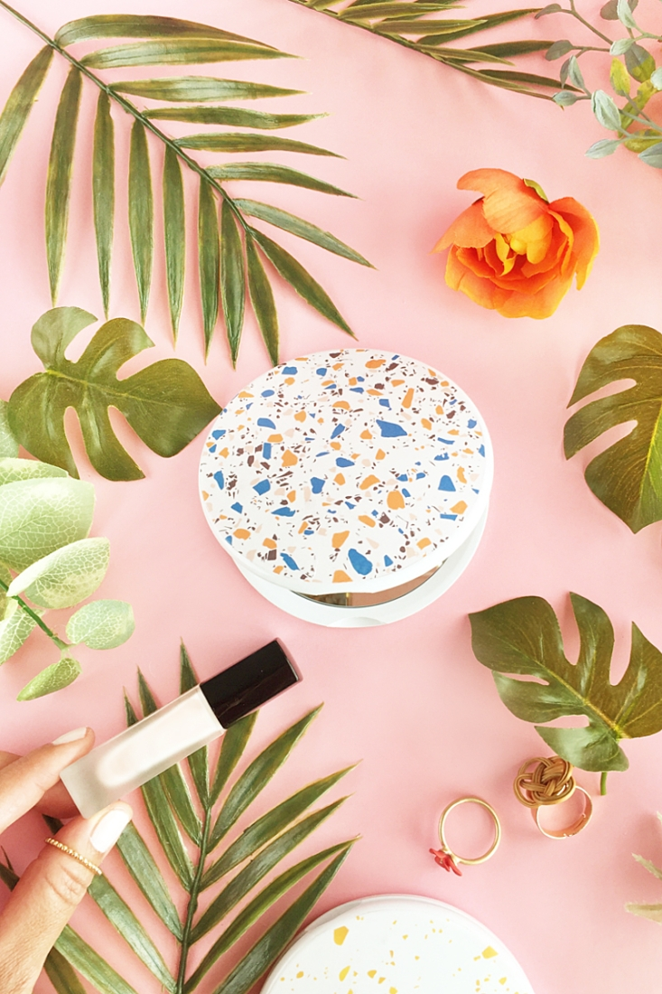 DIY Terrazzo Compact Mirror on Maritza Lisa - A modern and inexpensive take on updating a plain compact mirror. Click through for the tutorial!
