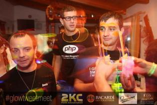 glow_party13