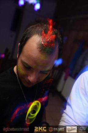 glow_party18