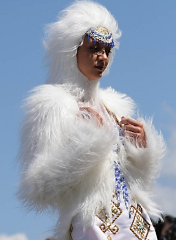 Один из дней этнофутуристического фестиваля KAMWA будет посвящен шоу-показу коллекций одежды в этническом стиле