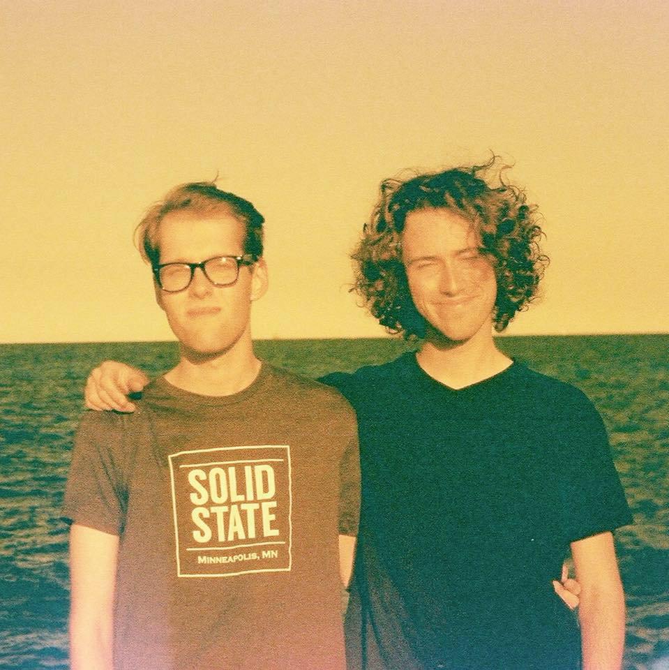 Josh dan Sam personil Vansire