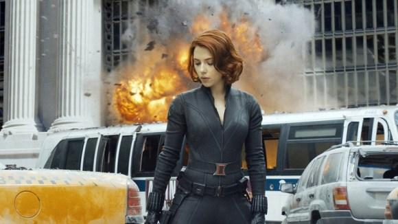 Scarlett Johansson sebagai Dark Widow