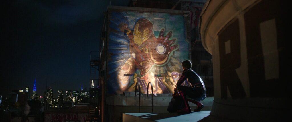 hubungan Peter Parker dengan tony stark Iron-Man