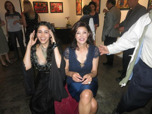Performance Art at Seyhoun Gallery with Shohreh Aghdashloo
