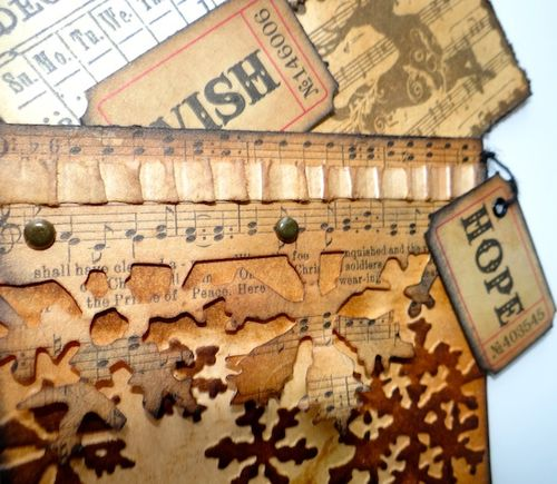 Layered collage tag - Frilly & Funkie - Marjie Kemper