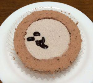 プレミアム桜と大納言のロールケーキ