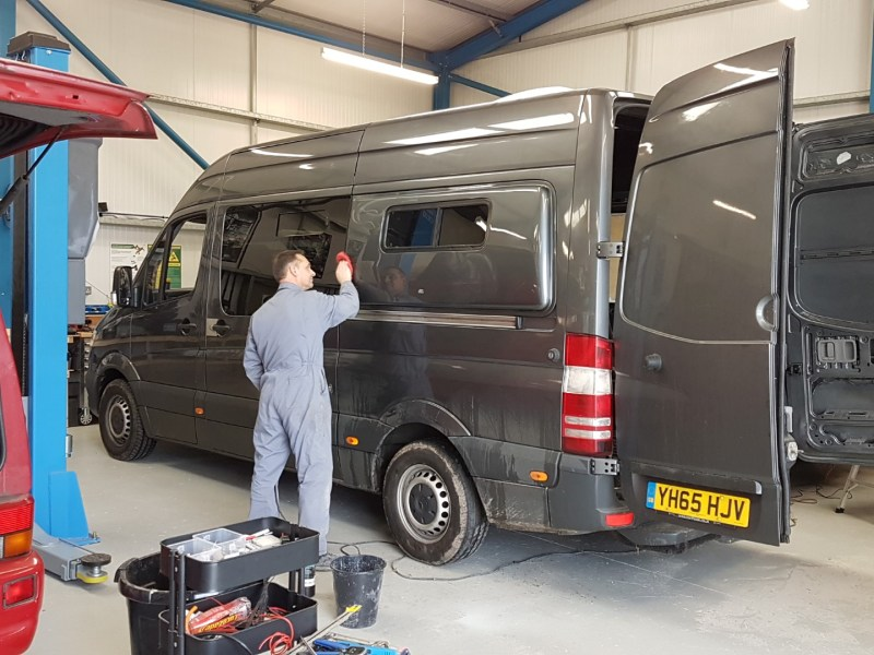 2019.02_Mark1_Conversions_LWB_Sprinter_Windows