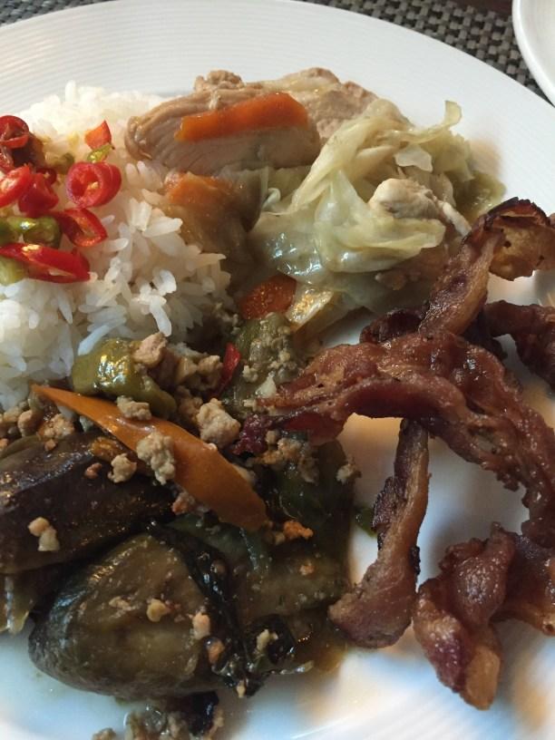 East meets West - Aetas Lumpini Hotel - Bangkok - Thai food and bacon